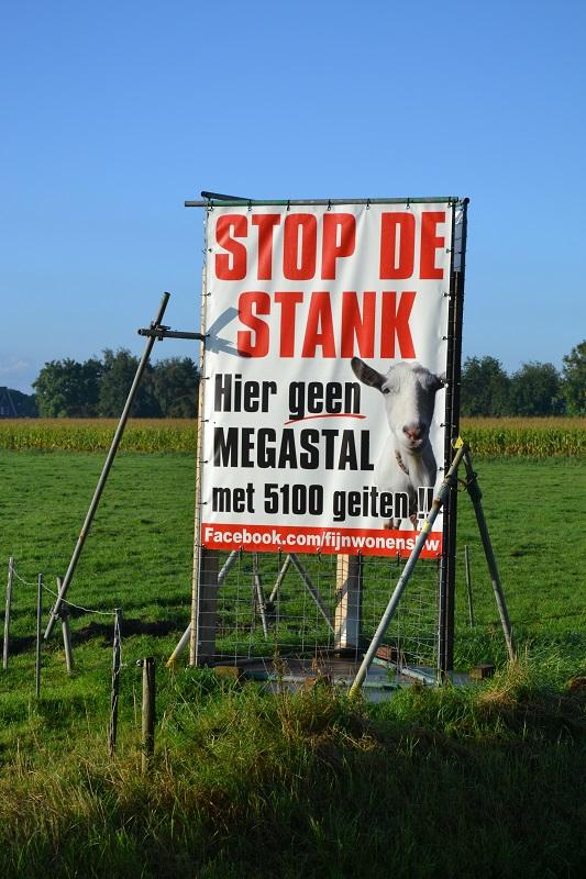 2015 Buurt in Hurwenen wil geen grote melkgeitenstal2